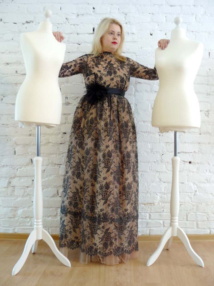 Ludmila Corlateanu:MADE FOR SUPERGIRLS dress